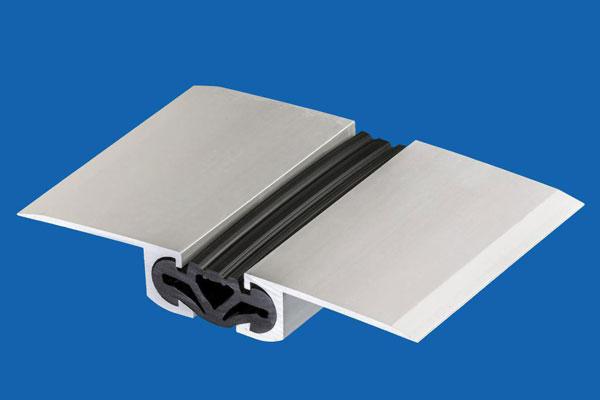 زیرسازی و نصب پروفیل پوشش درز انبساط و انقطاع
